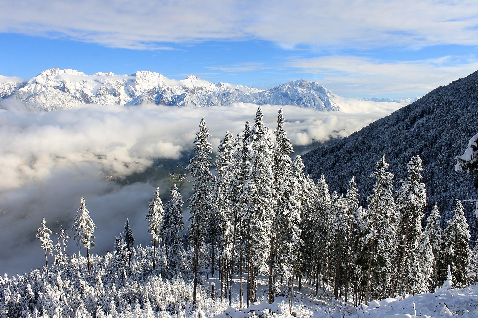 Wintergebirge ilyessuti Pixabay