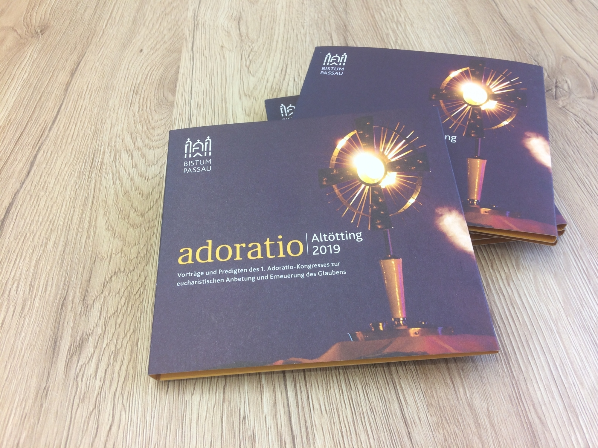 Adoratio CD Box