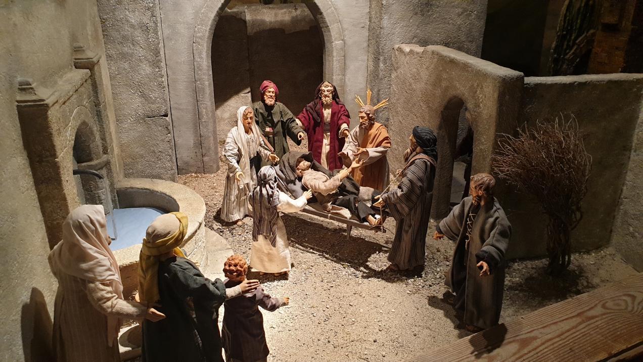 SPJ Jahreskrippe Jesus Heilt Kranken2020