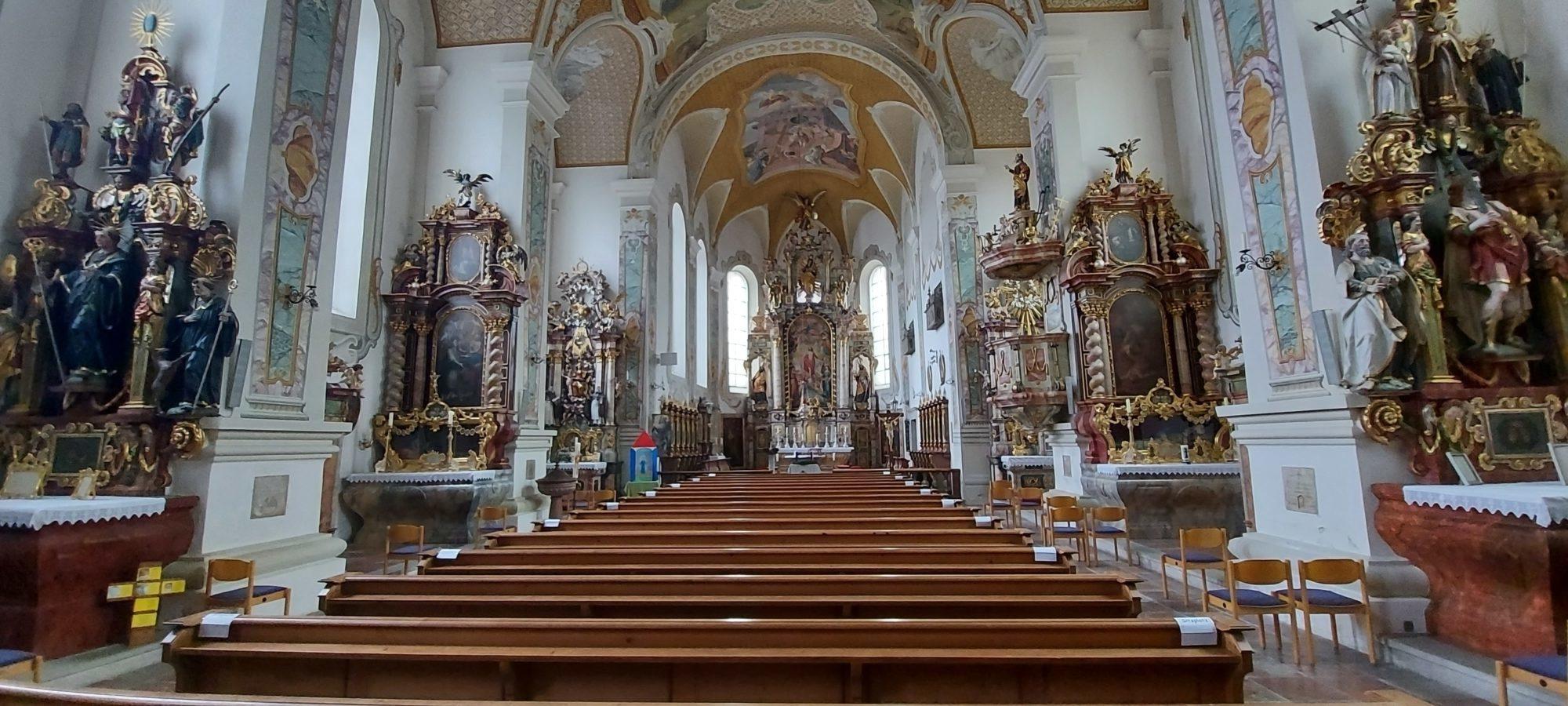 STS Pfarrkirche innen