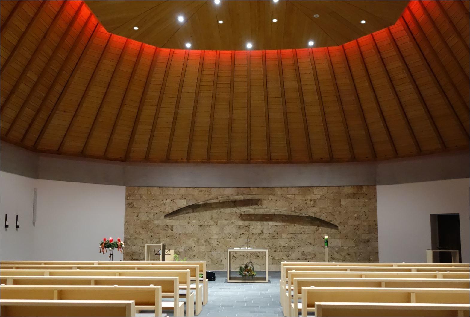 EV 20 12 02 Evangelische Kirche Innen 6698