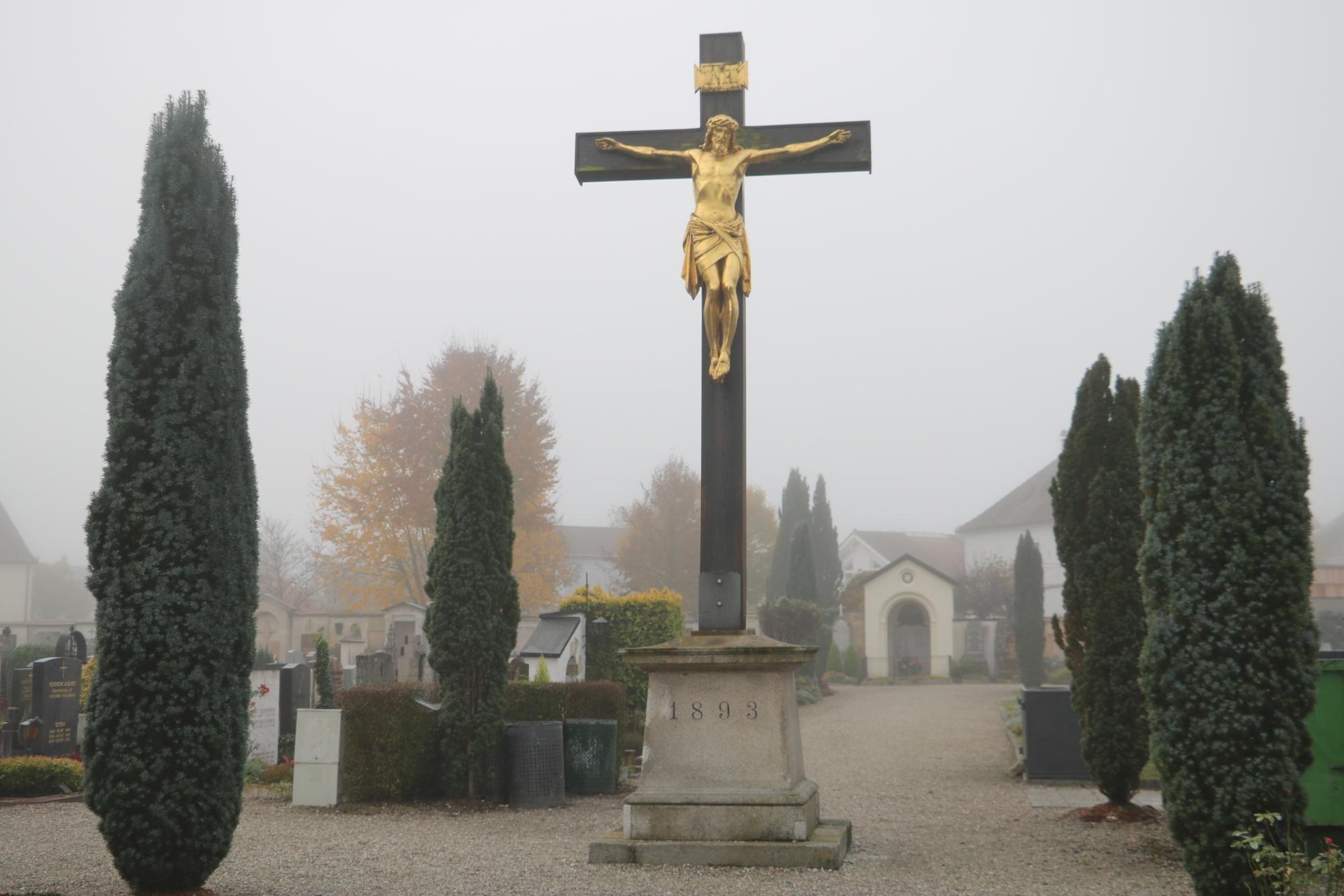Friedhof 6