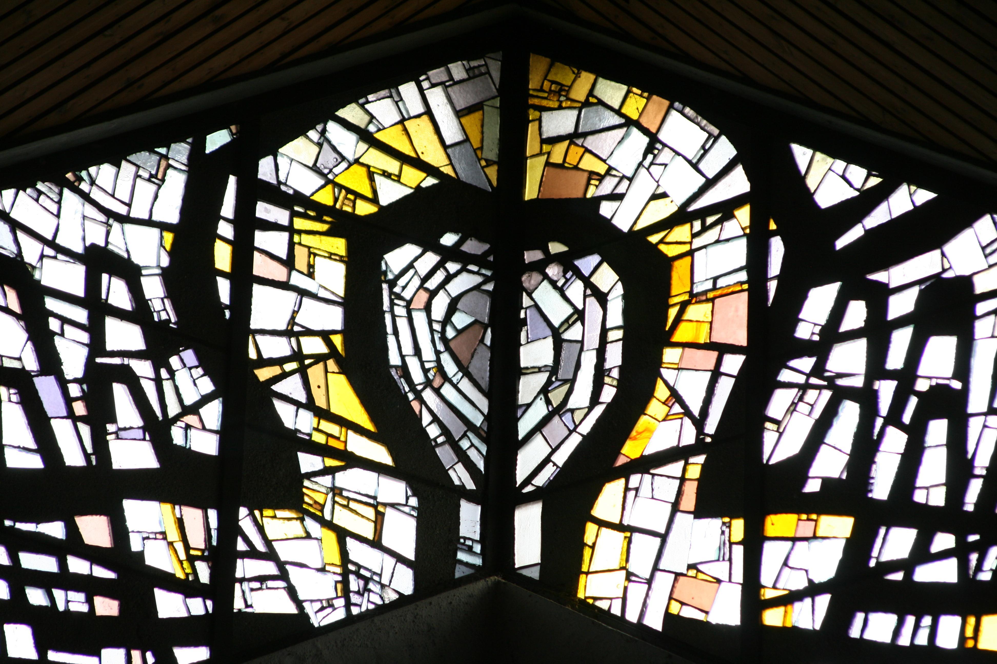 Zulf_kirche_glasfenster10neu