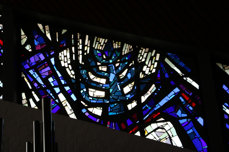 Zulf_kirche_glasfenster17neu