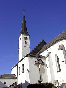 Pfarrkirche-Kreuzberg-1
