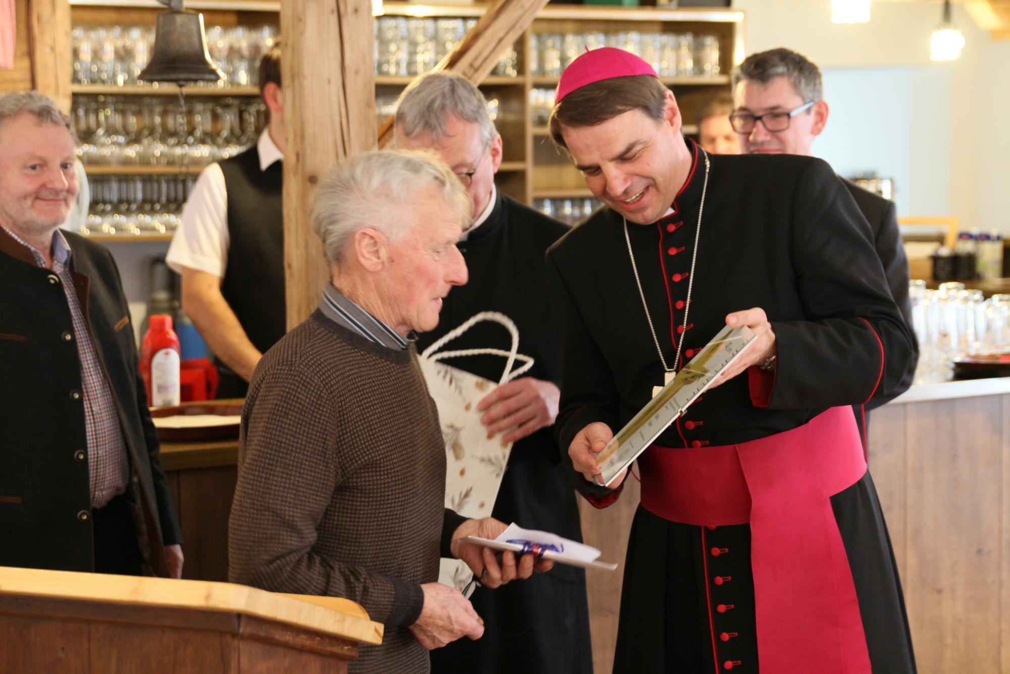 01 2019 125 Jahre Frohnstetten Bischof Oster 7027