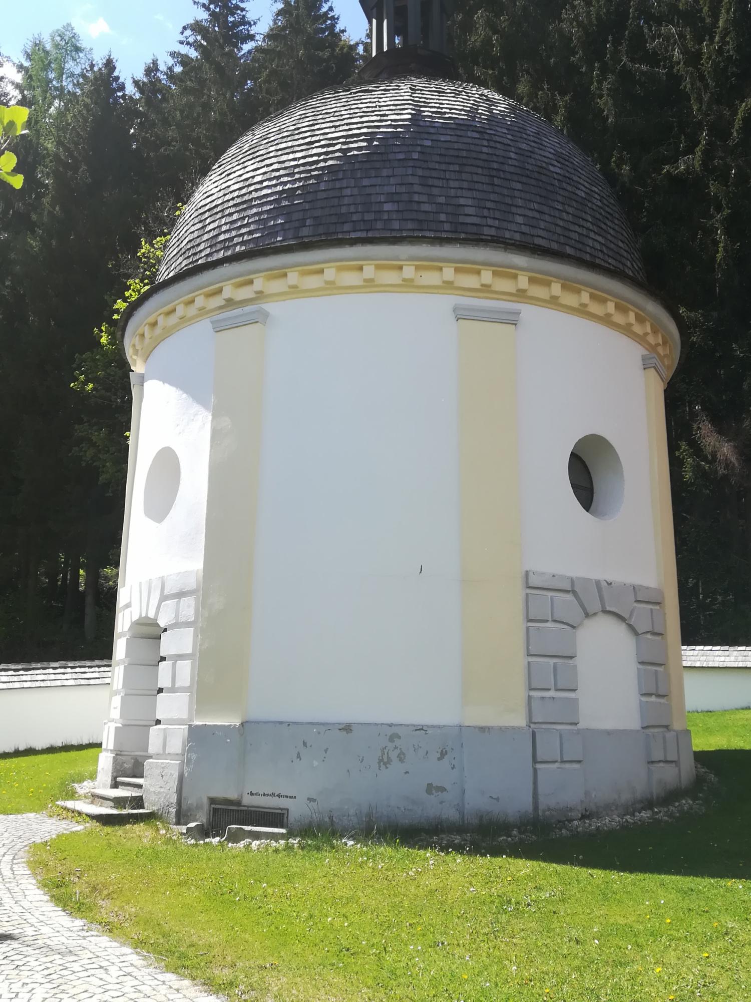 2019-pfarreiein-kirchen-sthermann-rund-kapelle-1