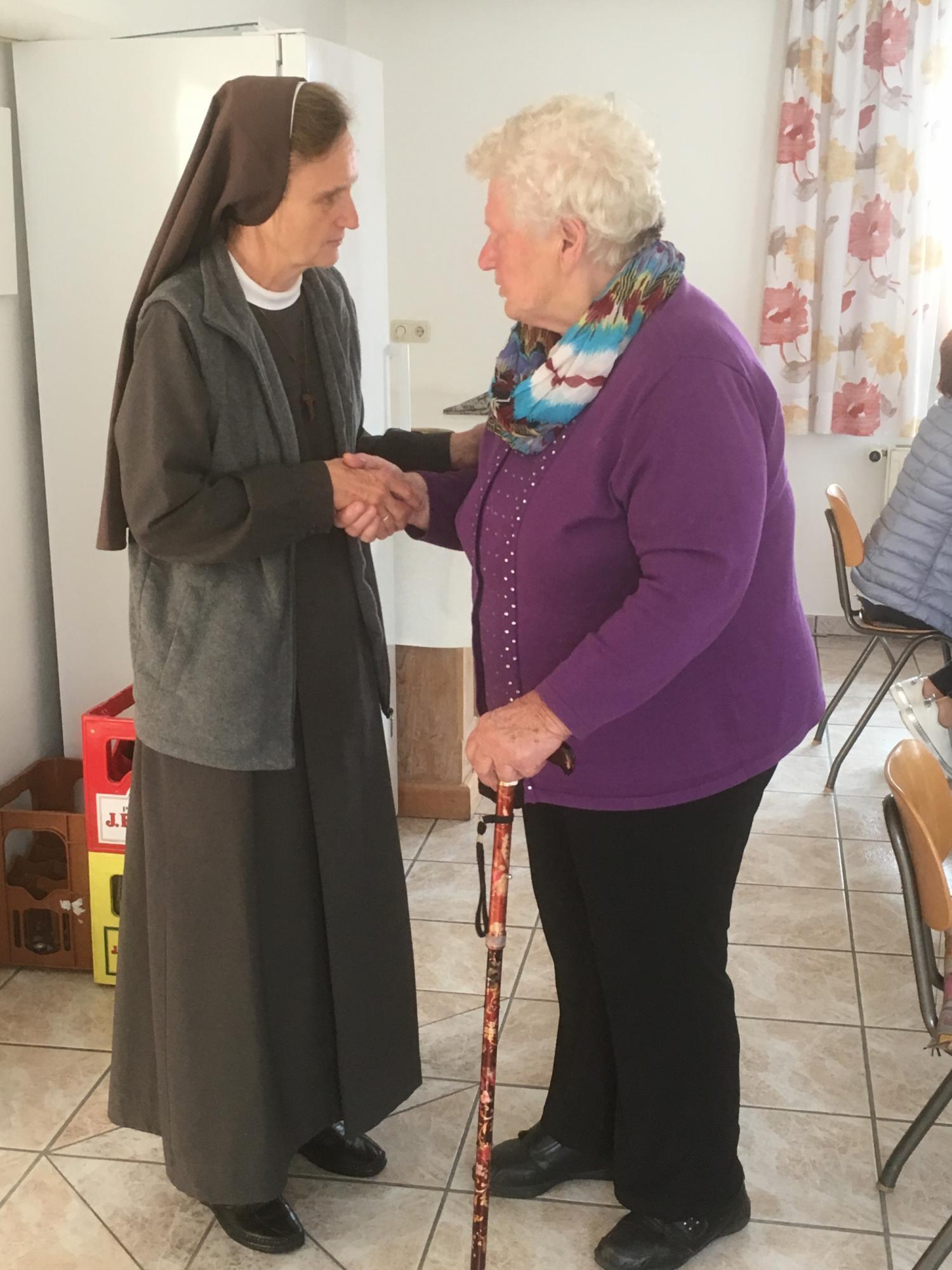 2019-schwester-veronica-seniorennachmittag-6.jpeg