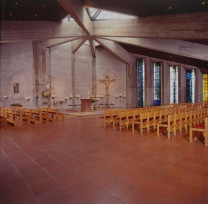 Christi Himmelfahrt Innen, Blick auf Altar