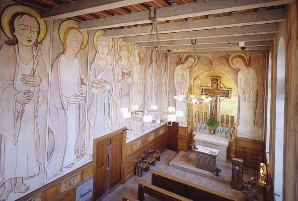 Linke Seite von der Orgel aus gesehen