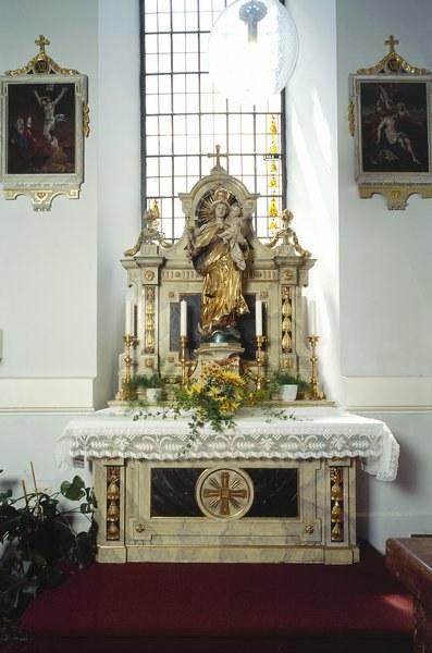 Spitalkirche_linker_Seitenaltar