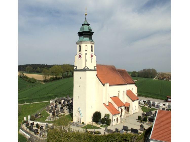 Berg Kirche 3
