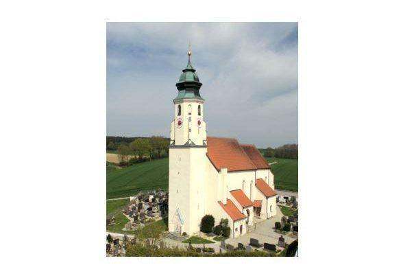 Berg Kirche 4