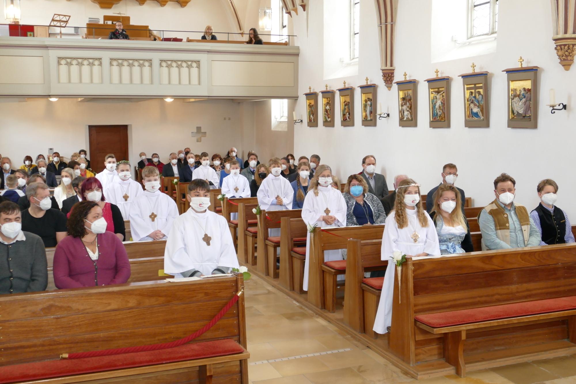 2021 Erstkommunion 16 Tauferneuerung Wittibreut