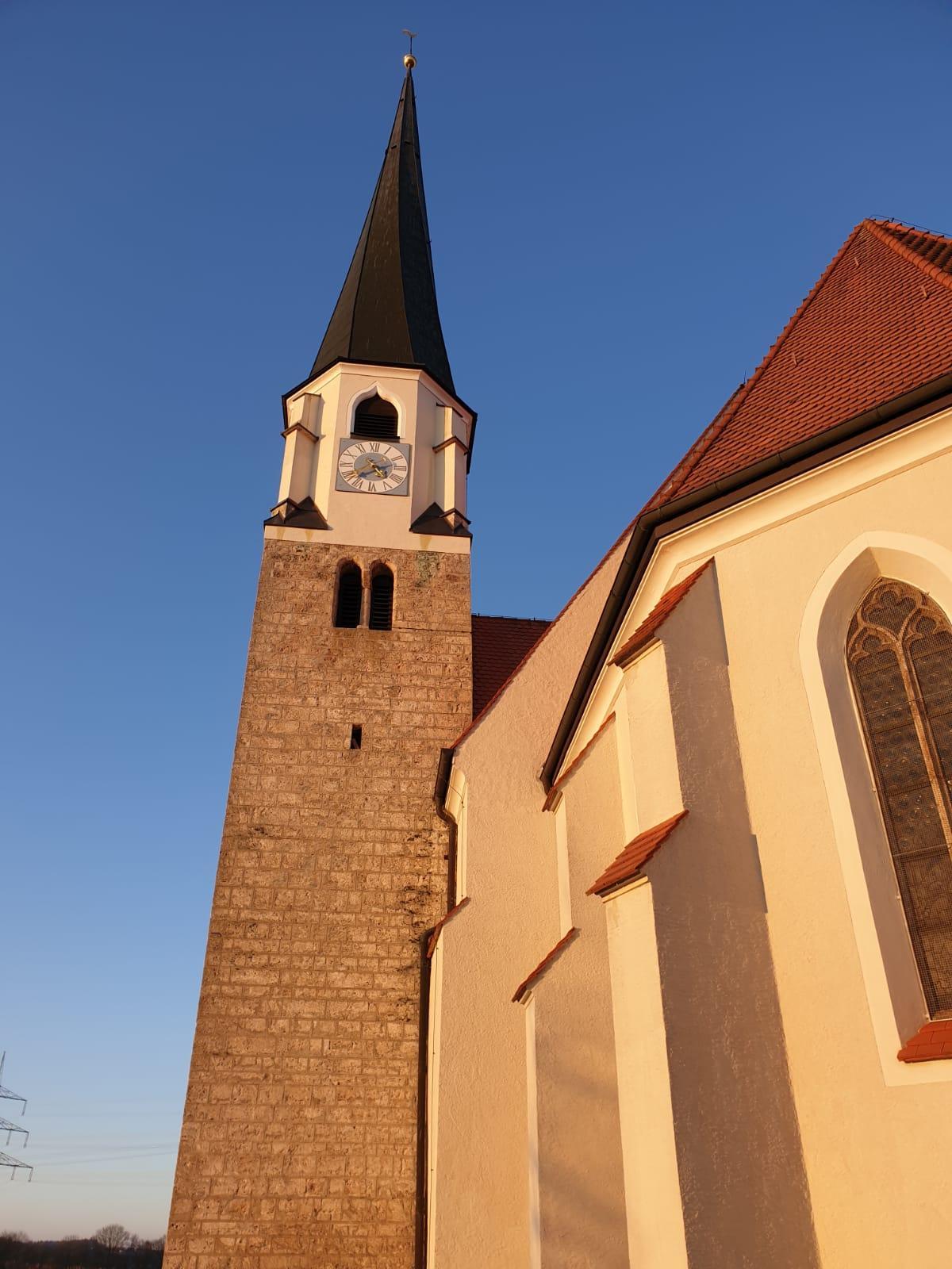 Kirchberg außen Turm