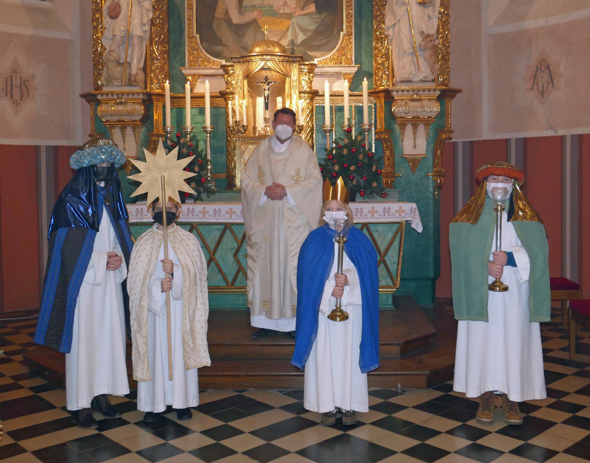 Neujahrs Gottesdienst in der Kirche Ulbering Bild 1