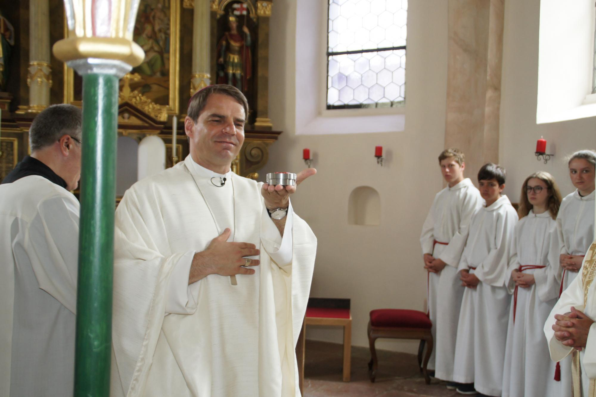 Altarweihe-Lengsham-DSC06289