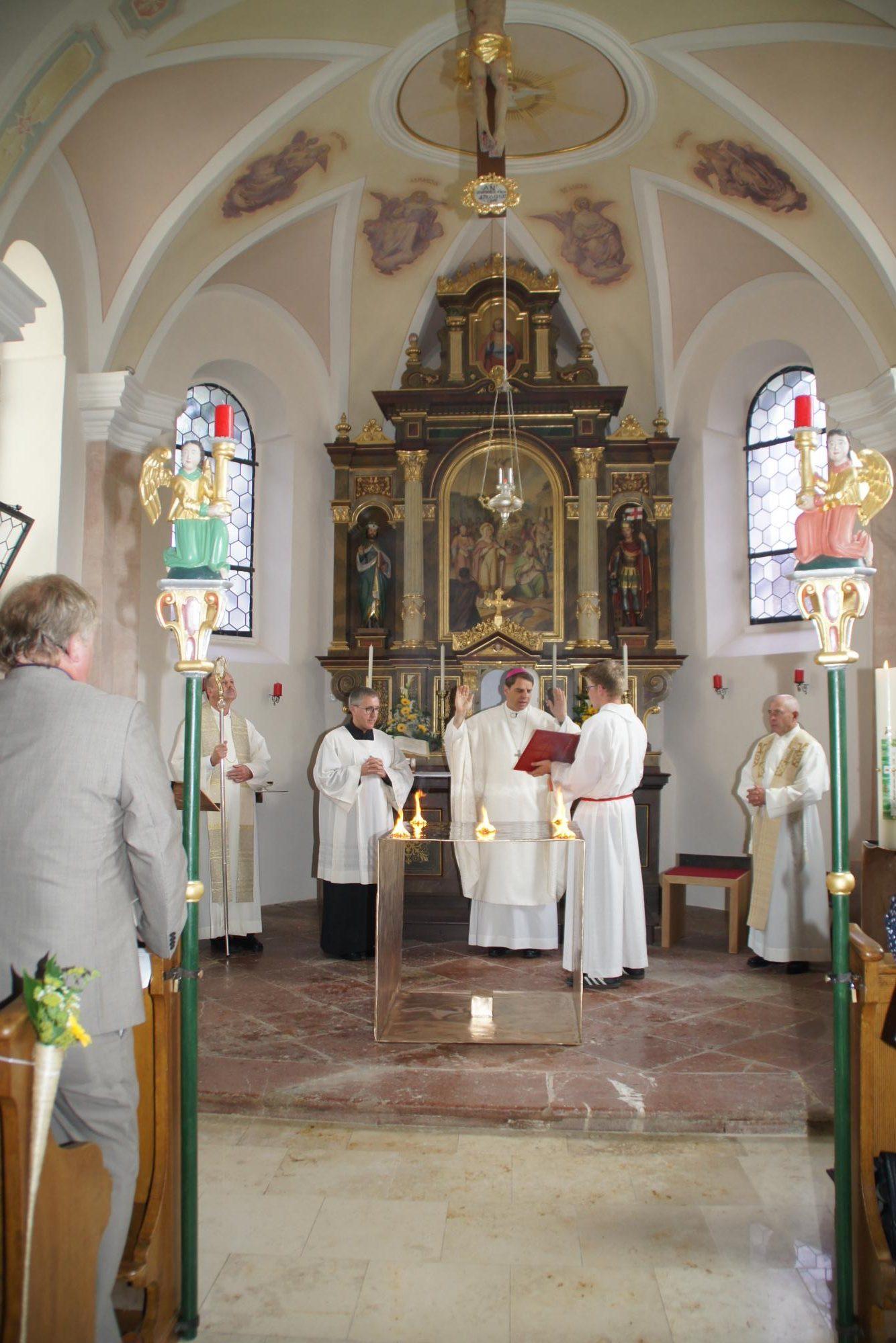 Altarweihe-Lengsham-DSC06312