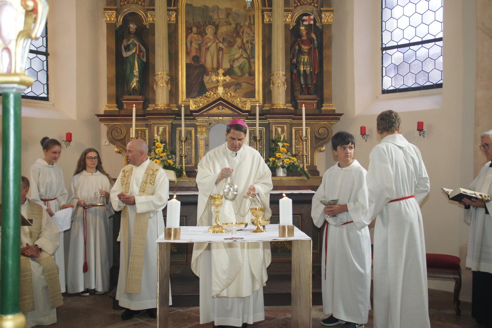 Altarweihe-Lengsham-DSC06325