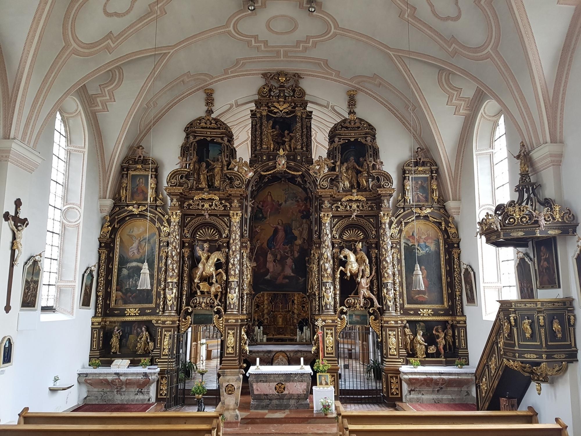 Altarwand 1