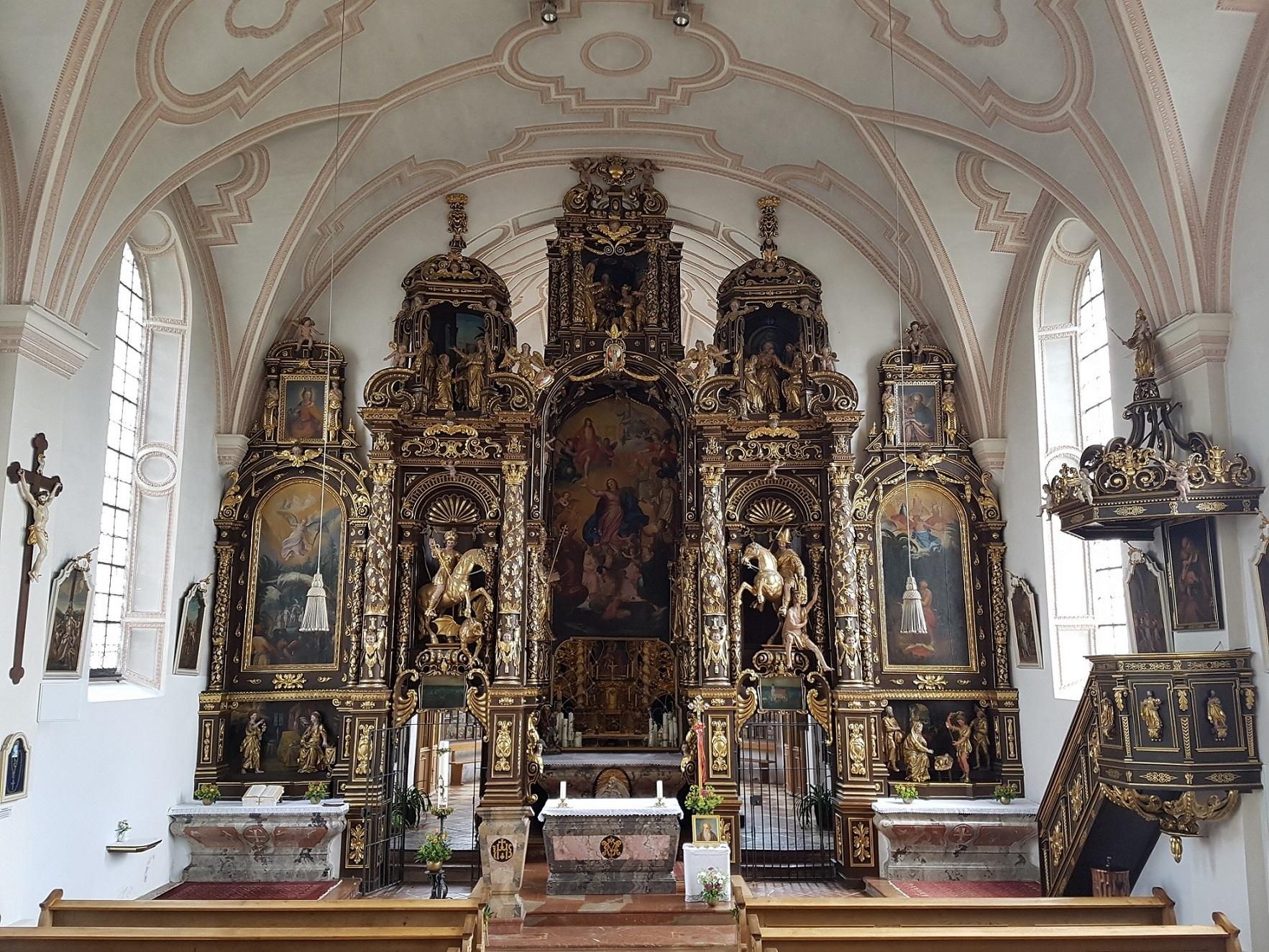 Altarwand 2
