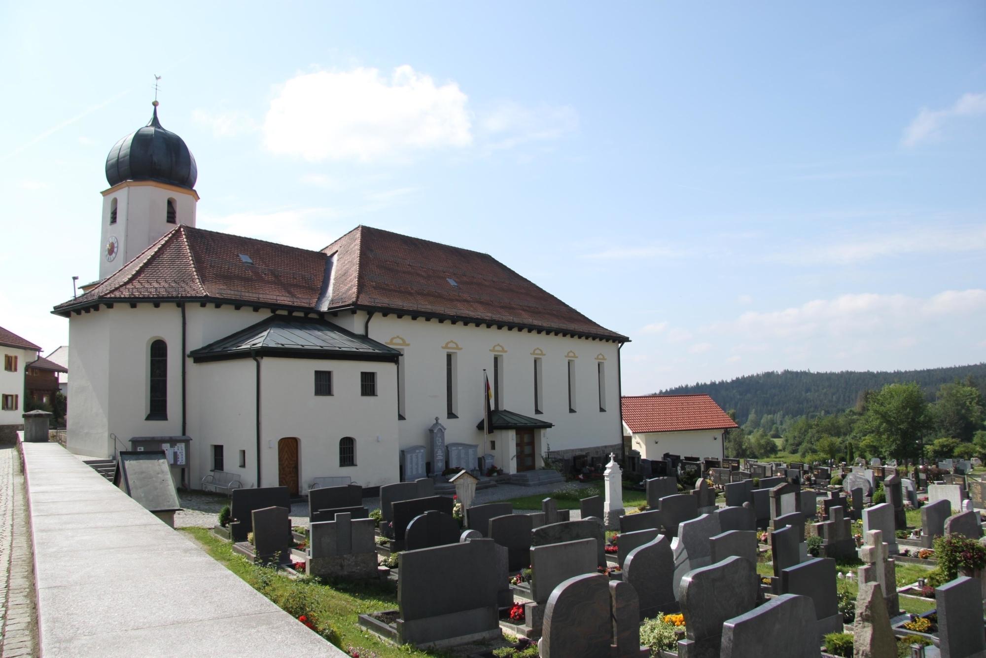2019 Kirche Langdorf