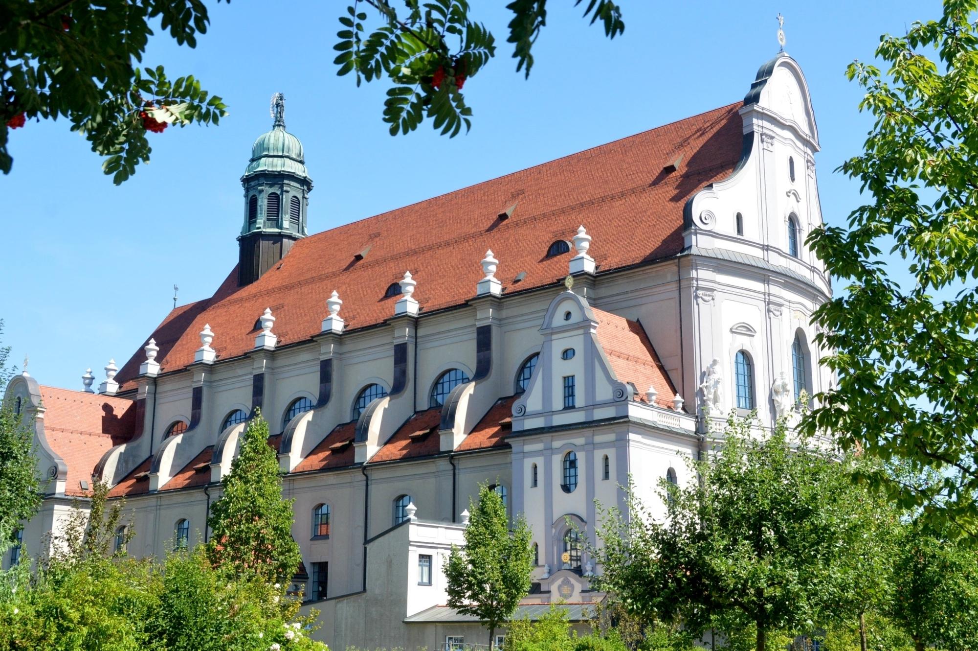 Basilika AÖ 6 8 15 1