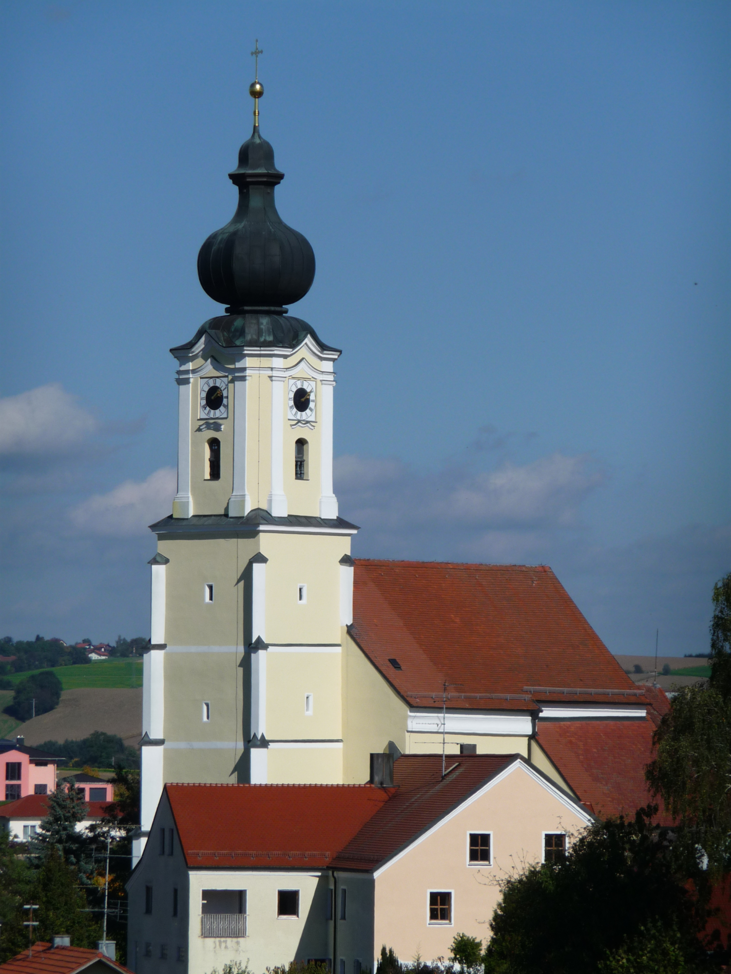 Pfarrkirche Bad HC3 B6henstadt