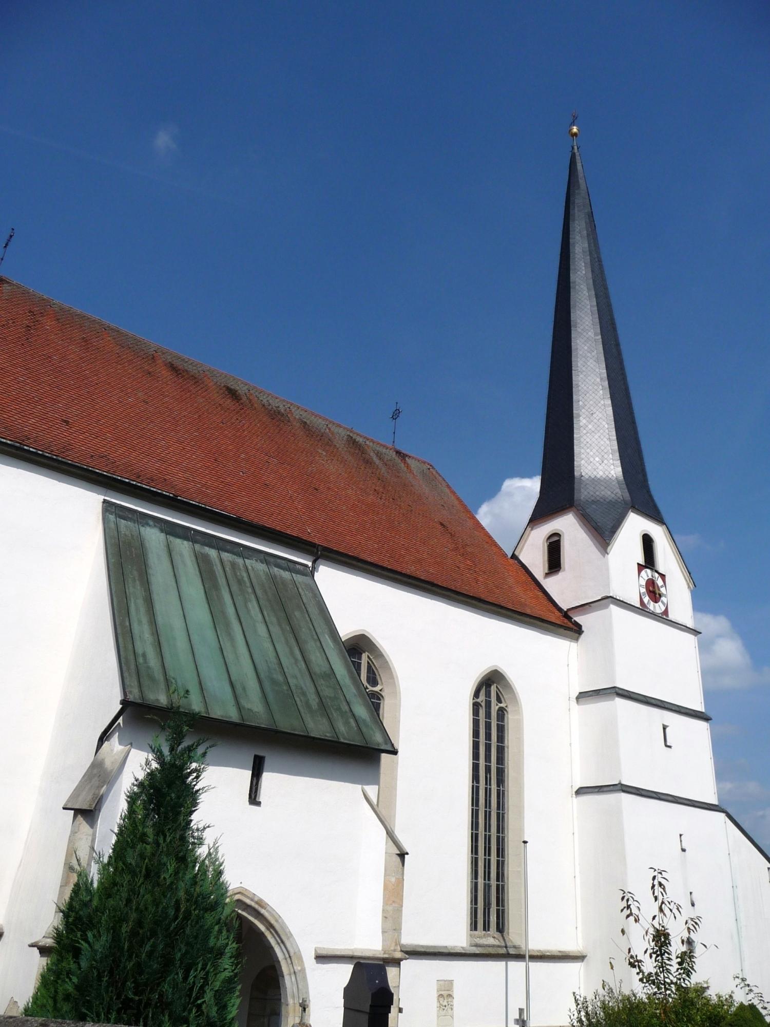 Pfarrkirche Neukirchen am Inn