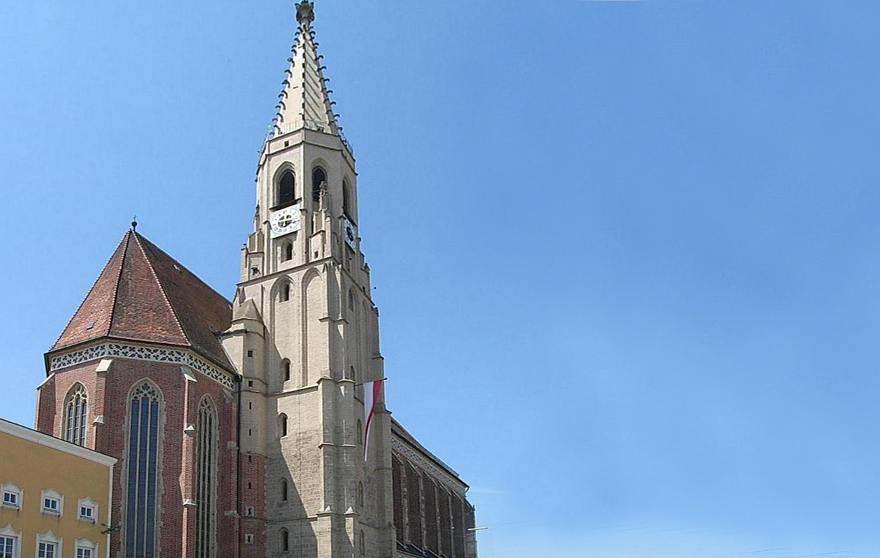 Pfarrkirche Neuötting1