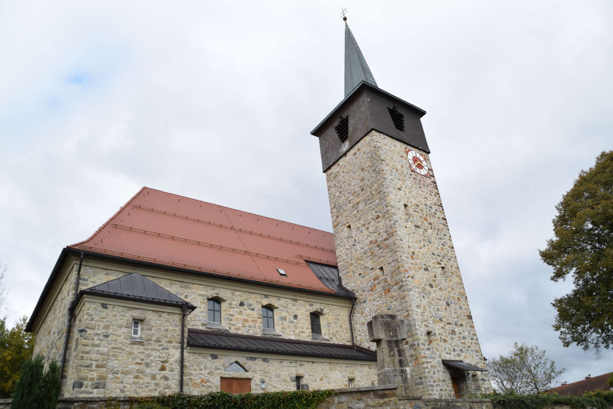 Pfarrkirche St Josef zu Karlsbach