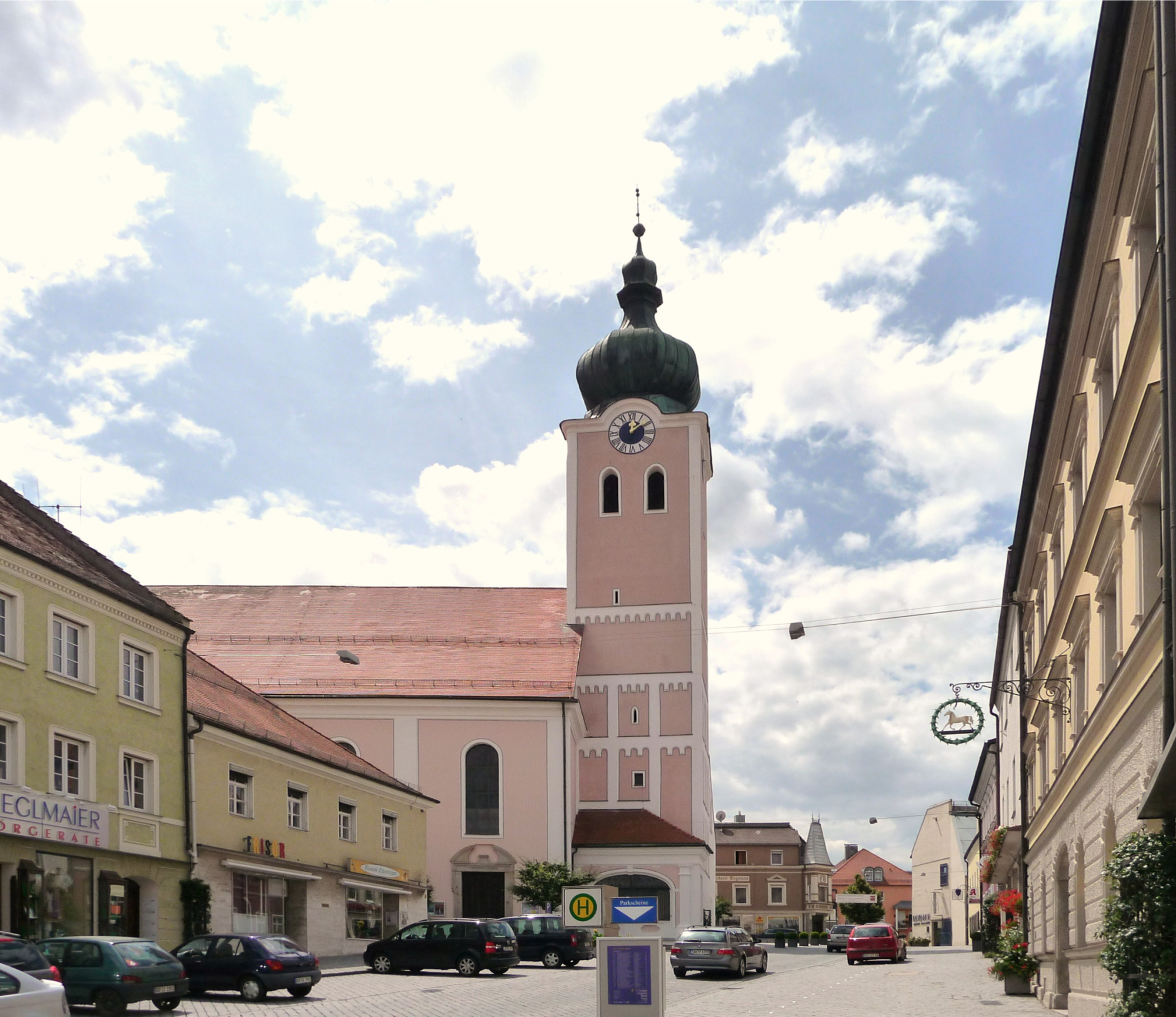 Stadtpfarrkirche Landau 2