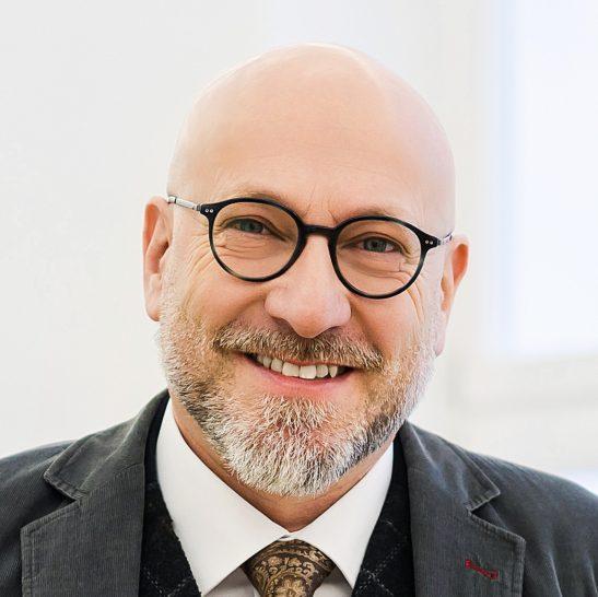 Dr. Hans-Peter Eggerl