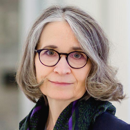 Dr. Andrea Pichlmeier