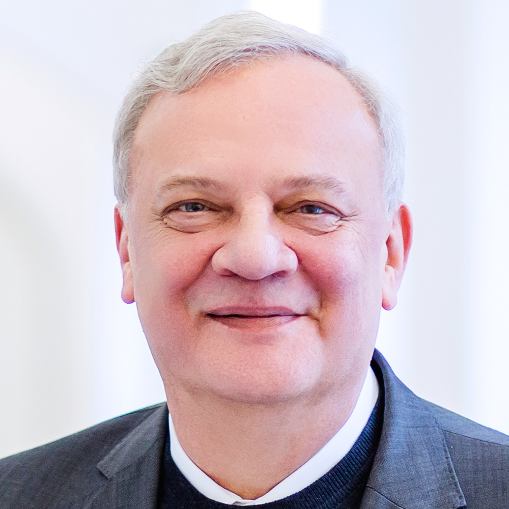 Gerhard Auer neu